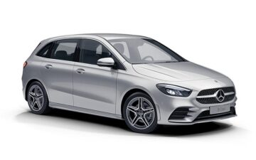 Rent Mercedes A180 *YEAR 2019 / *NO SMOKING